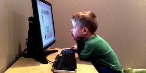 Advierte asambleísta riesgos de las redes sociales para menores de edad