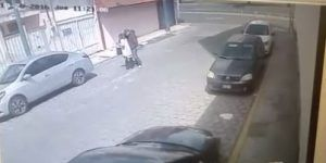 Video: robo de auto en Toluca