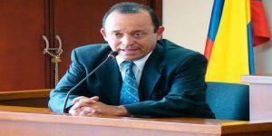 Fiscalía vincula a hermano de expresidente de Colombia con grupo paramilitar