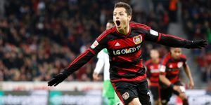 """""""Chicharito"""" anotó el mejor gol latino en la historia de la Bundesliga"""