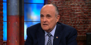 Giuliani descarta formar parte del gabinete de Trump