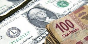 Precio del dólar alcanza su máximo histórico