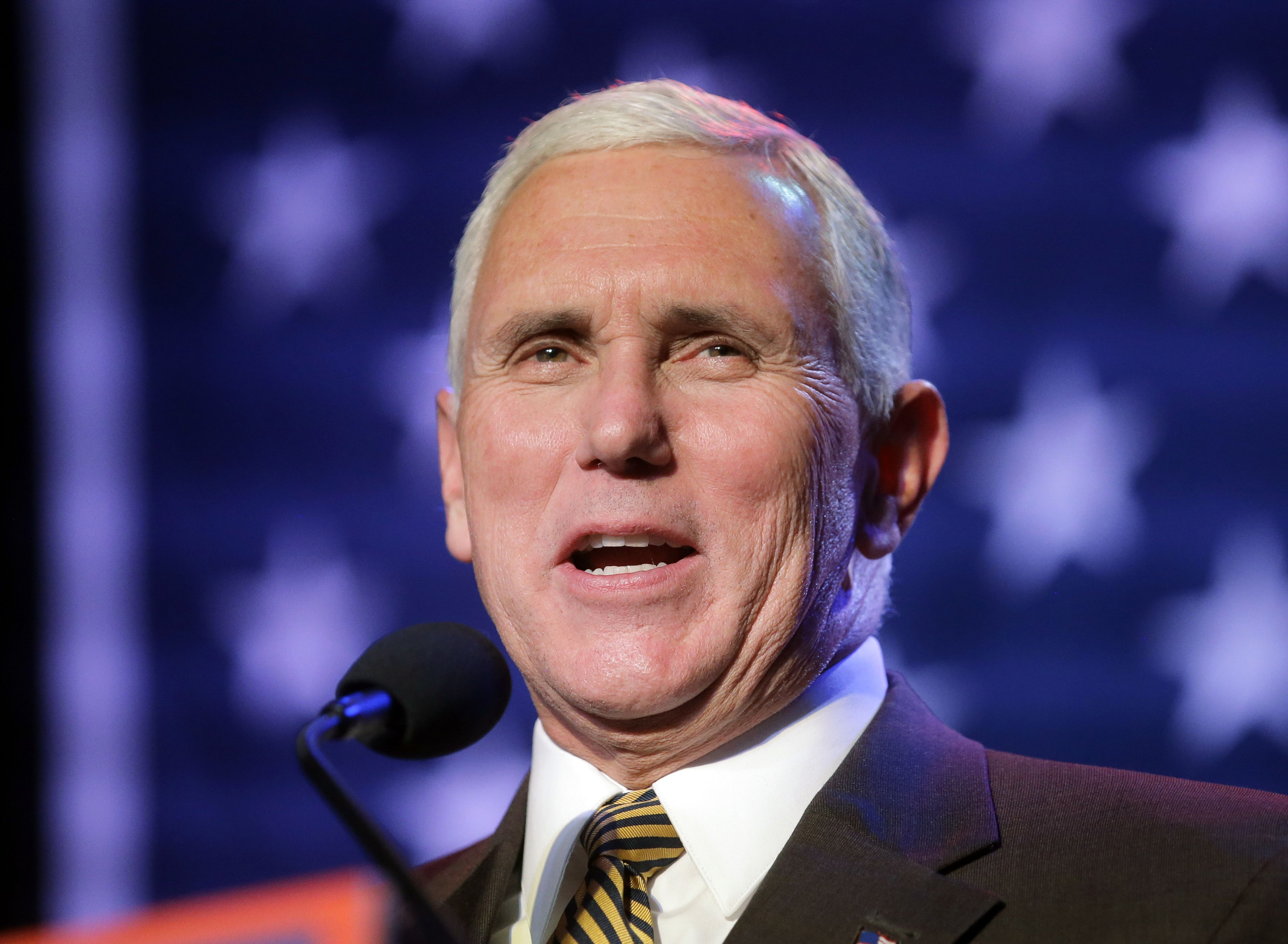 El candidato republicano a la vicepresidencia, Mike Pence, durante una mitin el miércoles 26 de octubre del 2016, en Salt Lake City. Foto de AP.