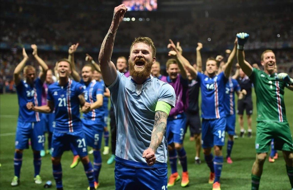 La selección de Islandia fue la sensación en la última Eurocopa. Foto de AP