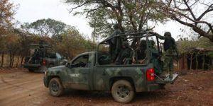 Comando secuestra a 12 personas en Guerrero