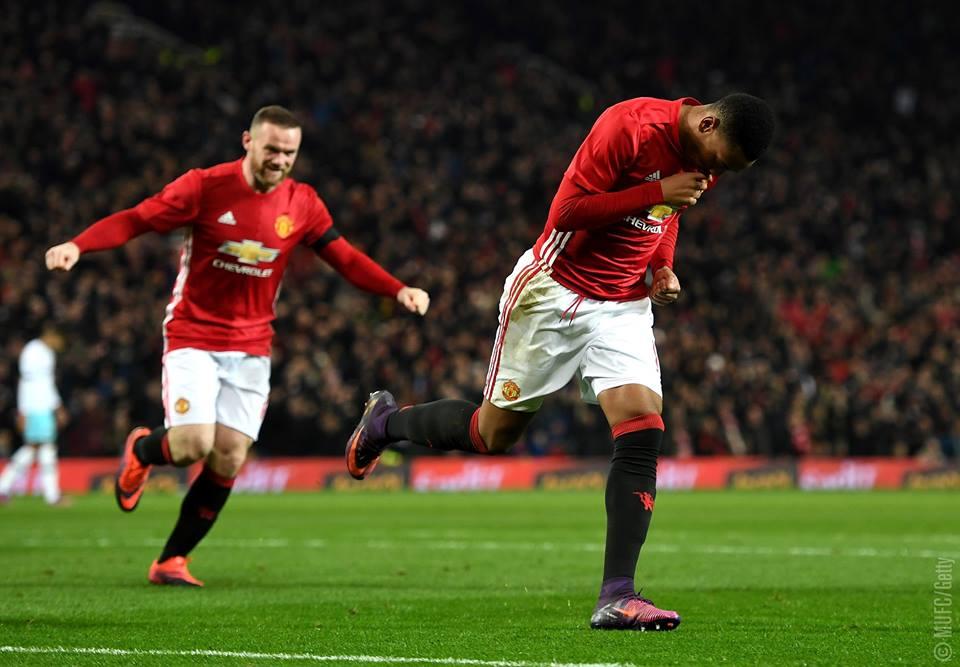 Man United, Southampton pasan a semifinales de Copa de Liga