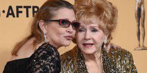 Debbie Reynolds ingresa de emergencia al hospital