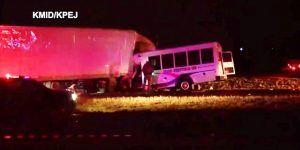 Choque de autobús de porristas deja un muerto y siete lesionados