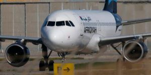 Liberan a pasajeros de avión secuestrado en Libia