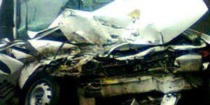 Auto cae de un puente en Hidalgo