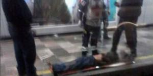 Muere hombre tras arrojarse a las vías del Metro