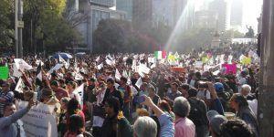 Manifestantes protestan en contra del gasolinazo