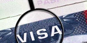 Mexicana devuelve visa en protesta contra Donald Trump