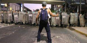 Dispersan manifestación con gases lacrimógenos en Guadalajara