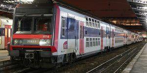 Sujeto acuchilla a varias personas en red de trenes de París