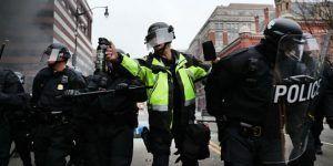 Denuncian arresto de periodistas que cubrieron protestas contra Trump