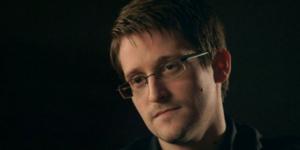Rusia considera entregar a Edward Snowden a Estados Unidos