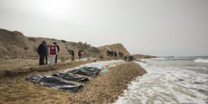 Al menos 74 migrantes se ahogaron frente la costa de Libia