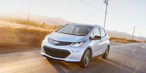 GM prevé lanzar 10 autos híbridos para 2020 en China