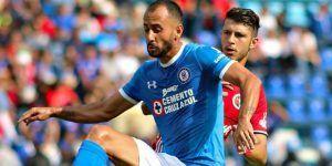 Víctor Vázquez se queja del futbol mexicano