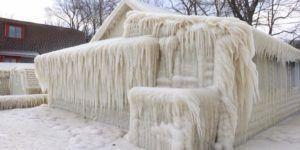 Casa queda congelada por ola de frío en EE.UU.