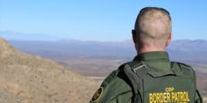 Juez ordena juicio contra agente fronterizo acusado de asesinar a mexicano