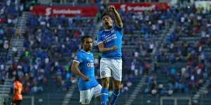 Cruz Azul vuelve a la vida con victoria de 2-0 frente a Chiapas