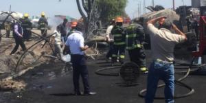 Muere policía federal en explosión de pipa en Celaya