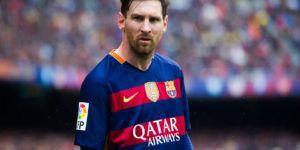 El Barcelona vence al Eibar pero termina segundo en España