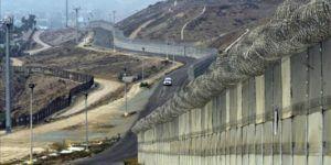 Empresa mexicana busca iluminar el muro de Trump