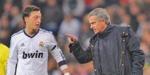 """""""Eres un llorón, no te necesitamos"""": Mourinho a Özil en el Real Madrid"""