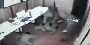 #Video Policías rescatan a víctimas de robo en colonia Roma