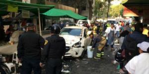 Acusan de homicidio culposo al conductor que chocó contra tianguis