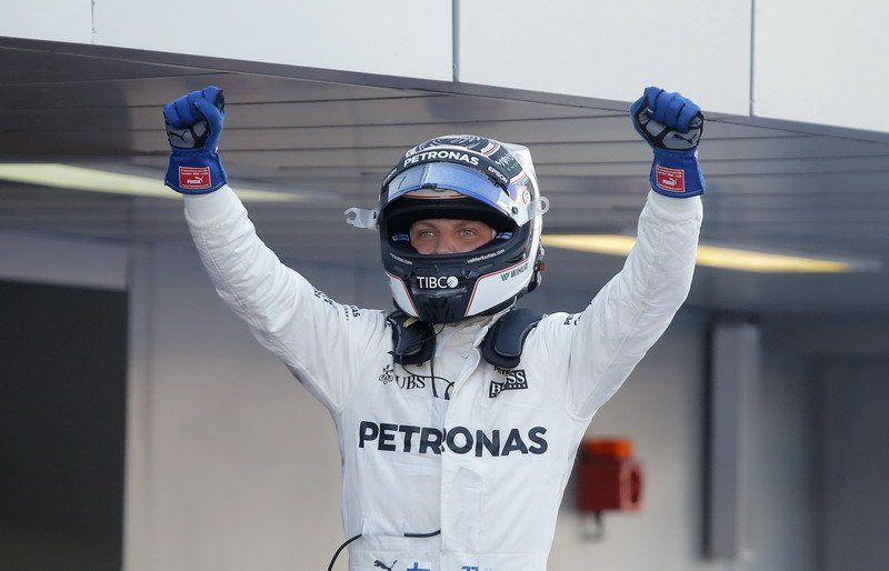 Vettel va por el triunfo en Sochi