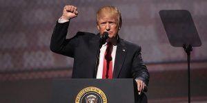 Trump planea orden para que iglesias participen en la política