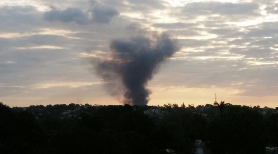 Reportan incendio en refinería Madero
