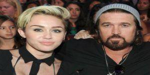 #Video Padre de Miley Cyrus canta con Caballo Dorado