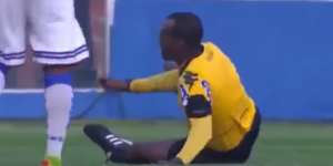 #Video Árbitro sufre lesión durante partido en Brasil