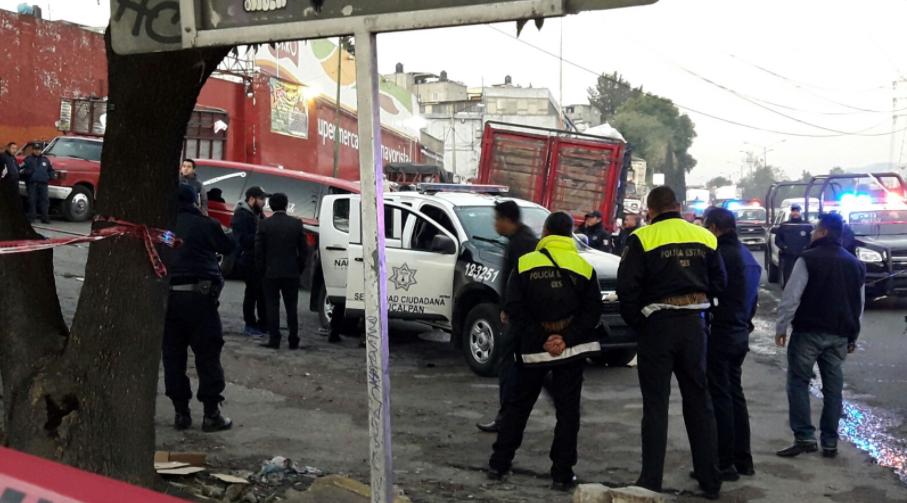 Mueren baleados policías municipales en Naucalpan