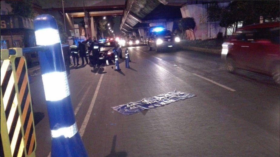 Trata de evadir el alcoholímetro y mata a policía