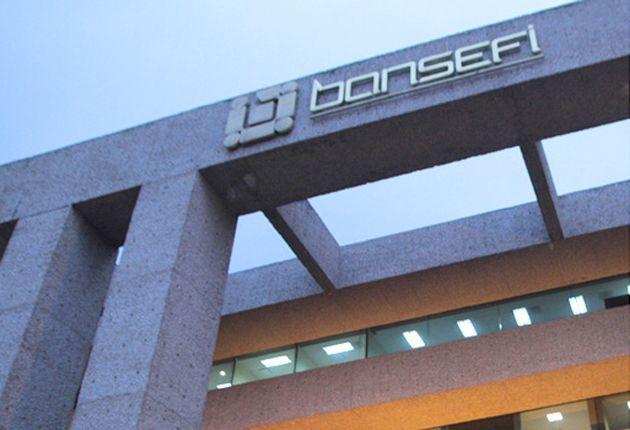 Bansefi apoyará a repatriados con apertura de cuentas en el aeropuerto