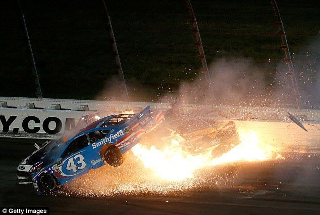 Terrible accidente en la Nascar
