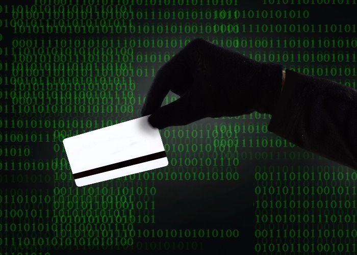 Usuarios deben tener precaución al comprar en línea: Condusef