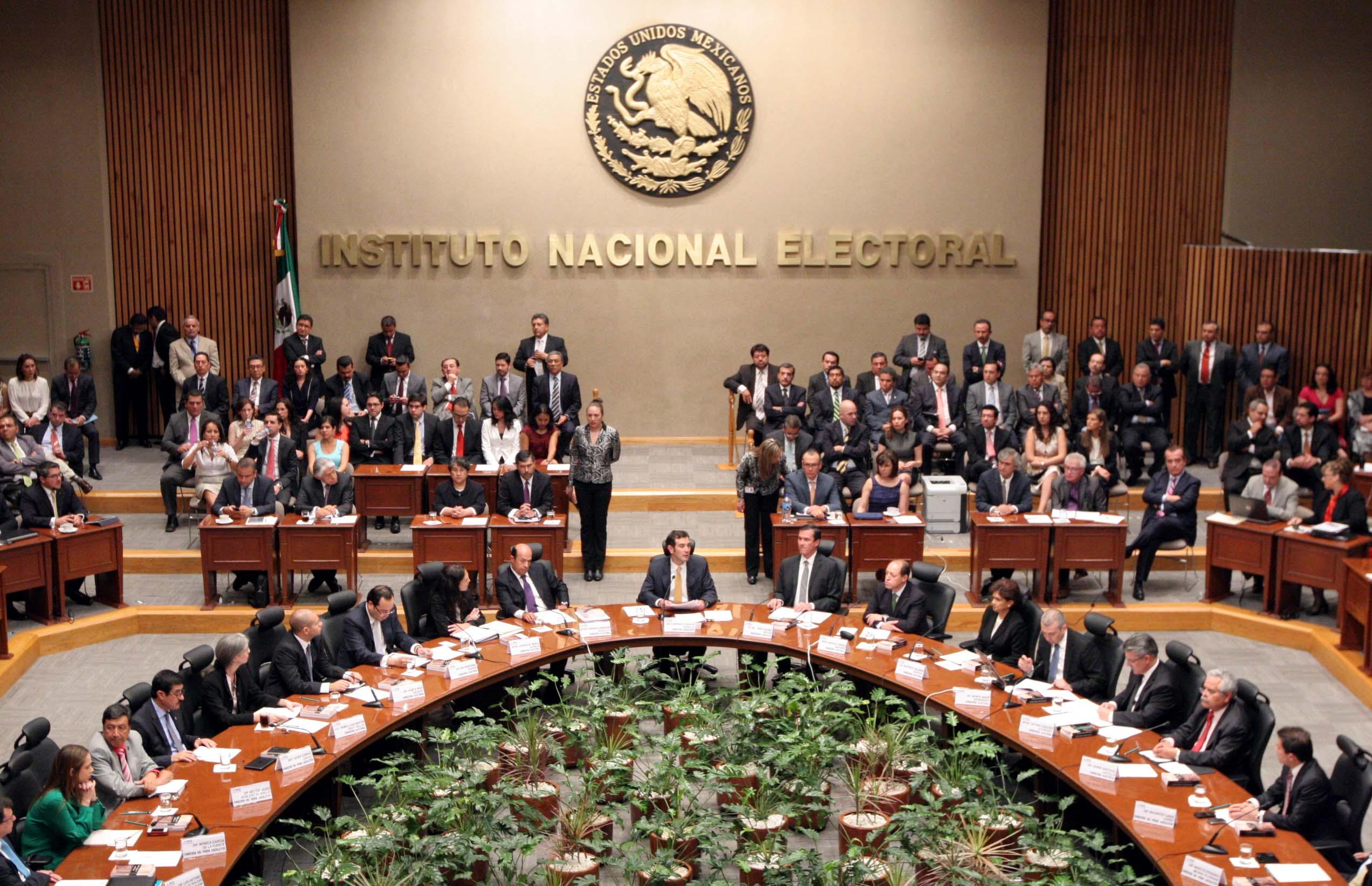 En las elecciones de Edomex habrá 33 encuestadoras