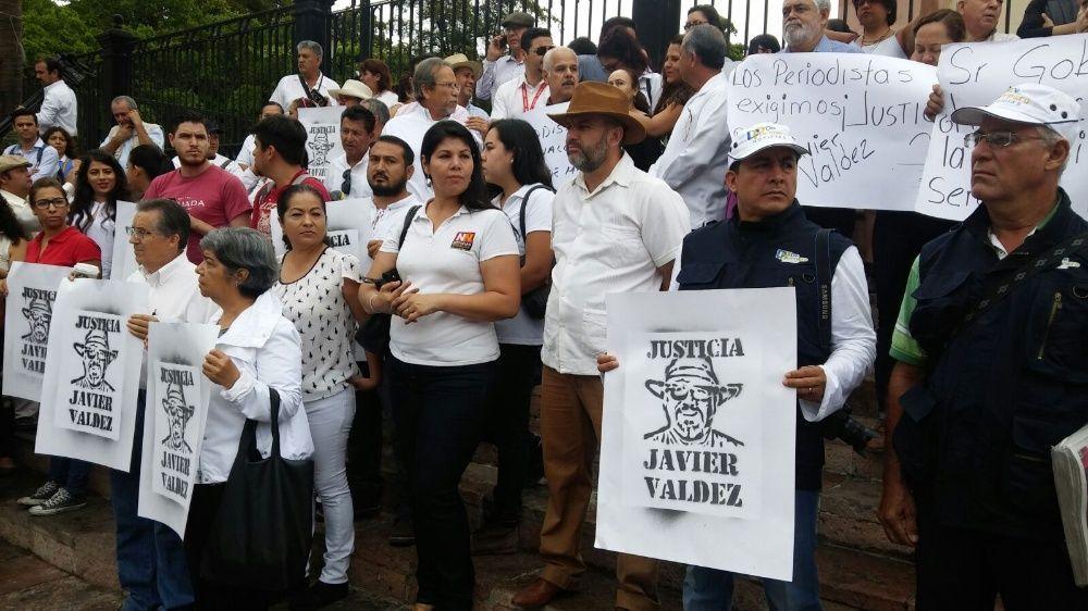 Protestan periodistas de Acapulco contra asesinatos impunes