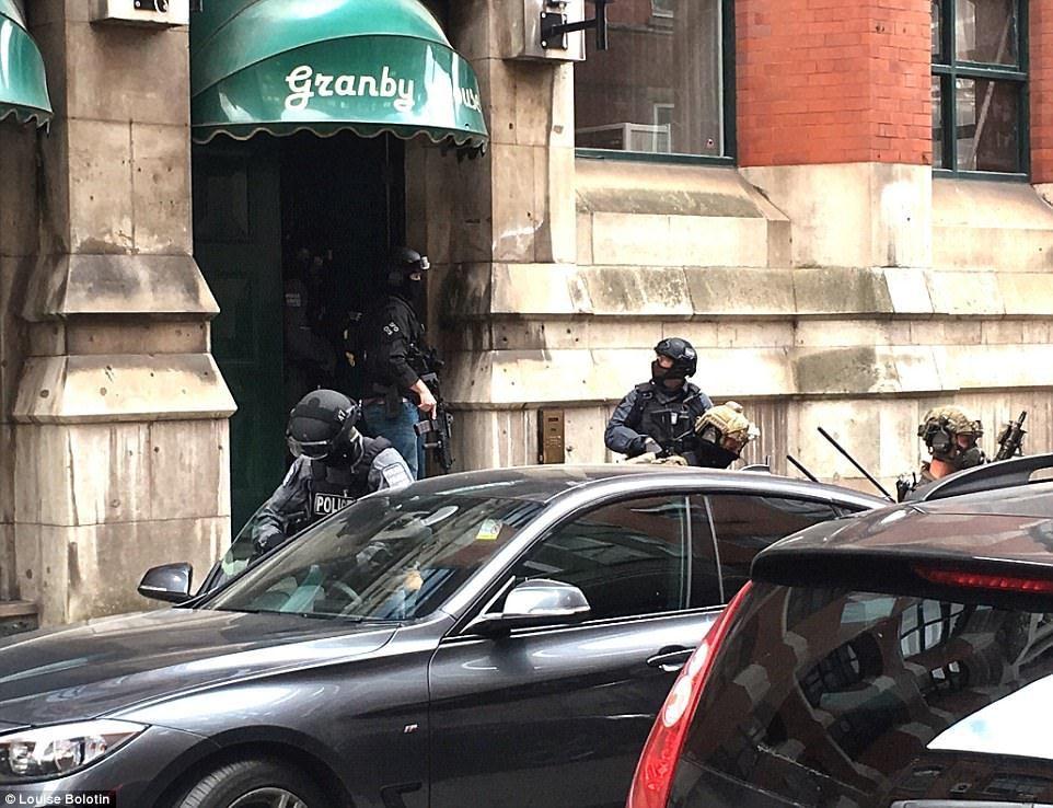 Investgan posible red terrorista ligada al atentado en Manchester