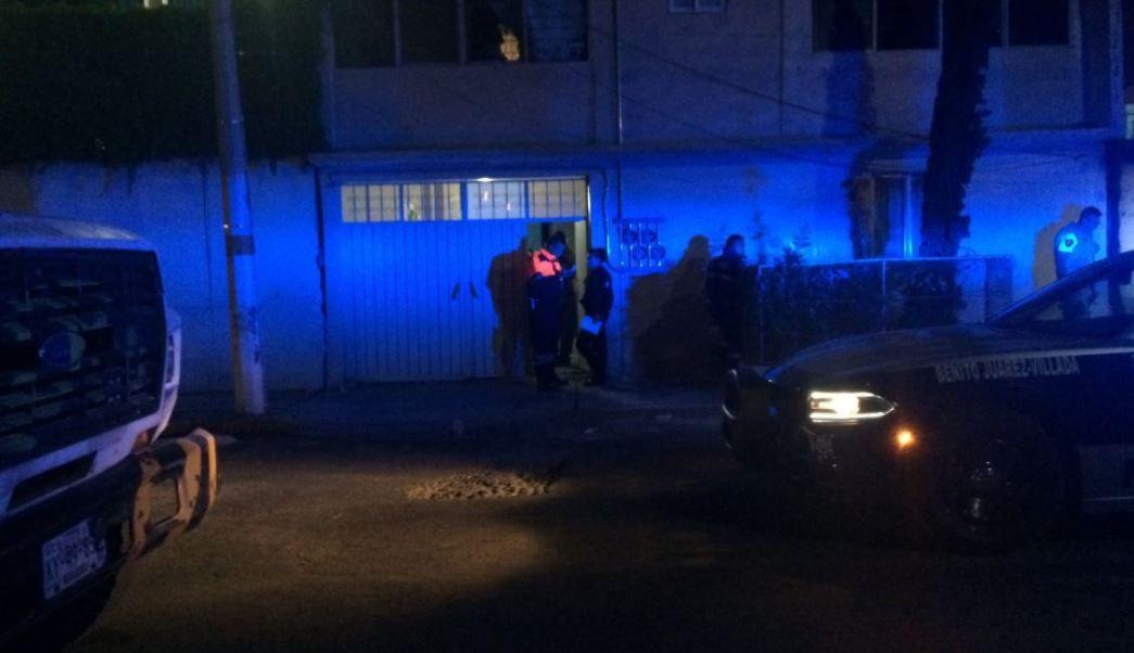 Mueren dos niños al incendiarse su casa en Neza; estaban solos