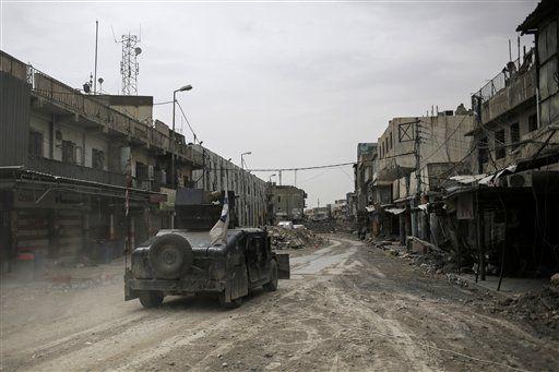 Decena de muertos deja ataque aéreo sobre colegio en Irak