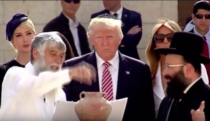 Trump se niega a darle la mano a Netanyahu