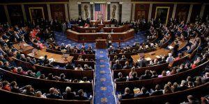 Republicanos aprueban iniciativas de ley contra migrantes